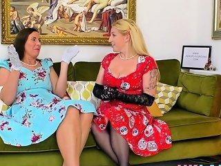 Older British Slut Tasted By Inked Up Les Nuvid