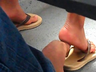 Real Hidden Footsie With Woman In Bus She Likes Porn C6